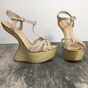 Curved Heel Less Wedge Platform T Strap Sandal